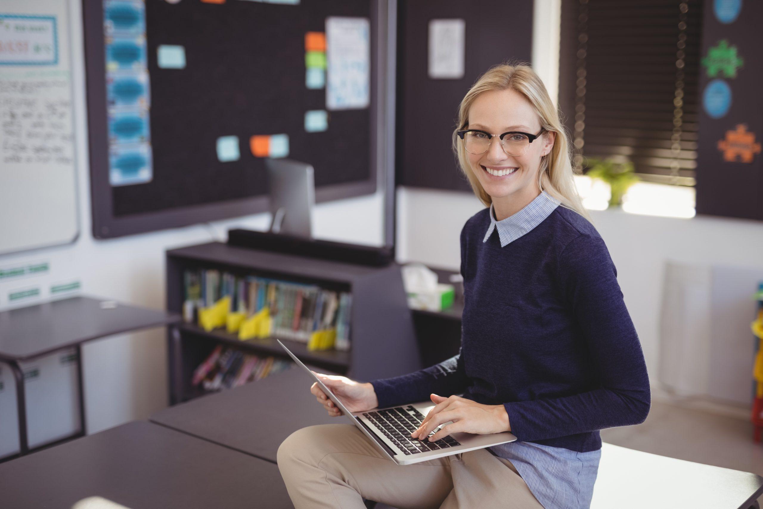 Kun tekniikka toimii, opettaja voi keskittyä tärkeinpään eli opettamiseen